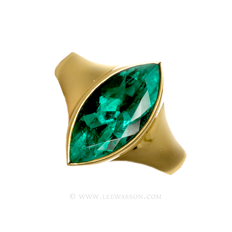 Colombian Emerald Ring Yellow Gold