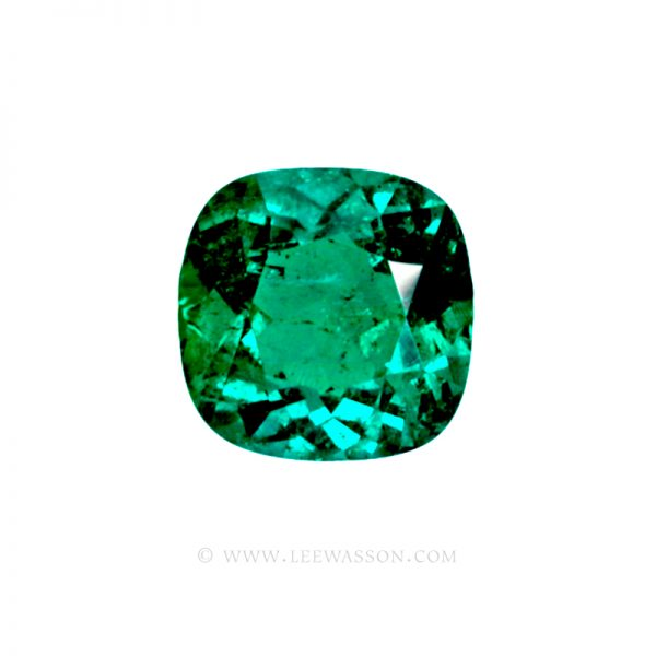 Colombian Emeralds Cushion Cut and set in 18k White Gold - leewasson.com - 1 - 10014