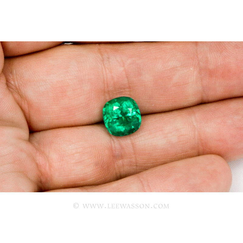 Colombian Emeralds, Cushion Cut Emeralds - leewasson.com - 3- 10030