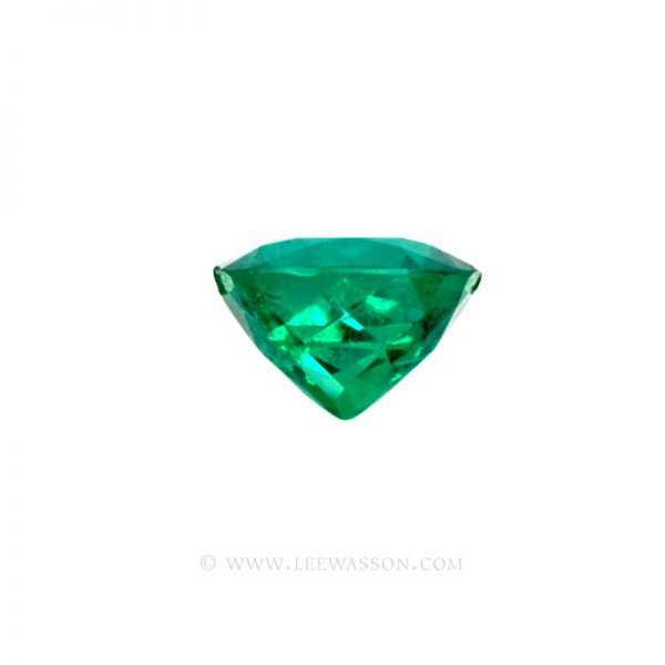 Colombian Emeralds, Cushion Cut Emeralds and set in 18k White Gold - leewasson.com - 10042 - 3