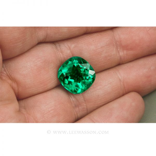 Colombian Emeralds, Cushion Cut Emeralds - leewasson.com - 10045 - 5
