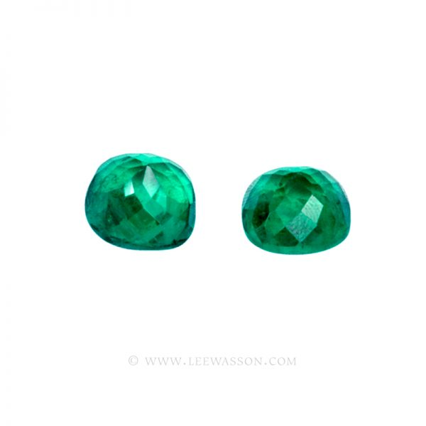 Colombian Emeralds, Pair of Cushion Cut Emeralds and Emerald Jewelry in 18k White Gold - leewasson.com - 3- 10051