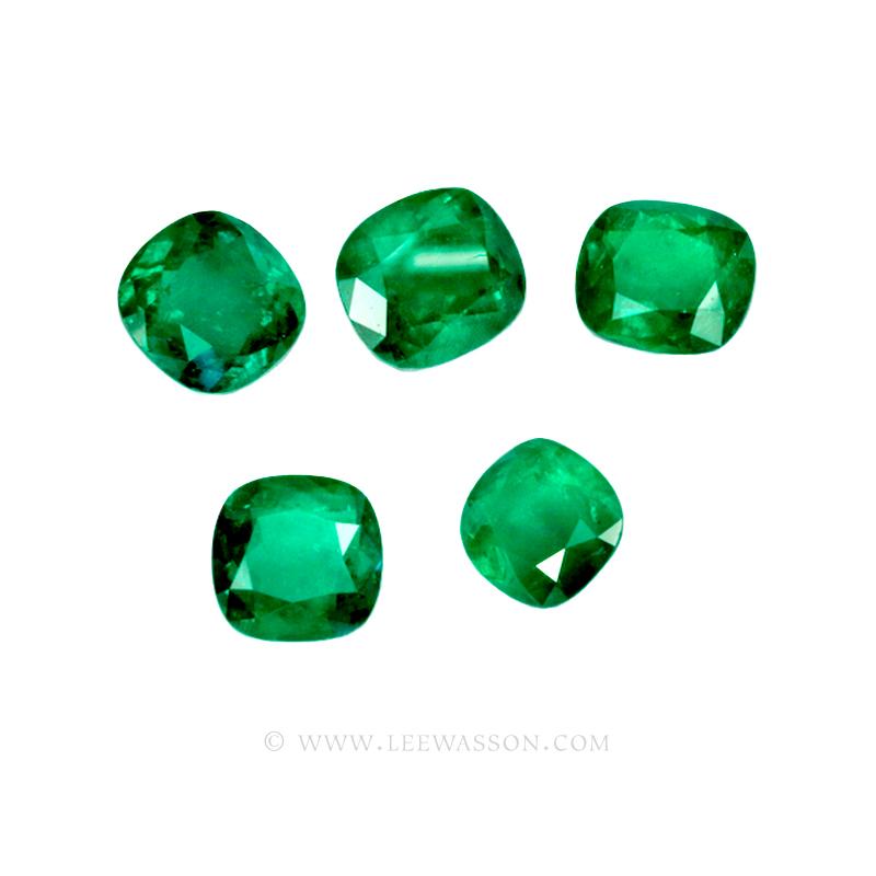Colombian Emeralds, Set of Cushion Cut Emeralds, Approx. 49.00 Carat. - leewasson.com - 10016 -1