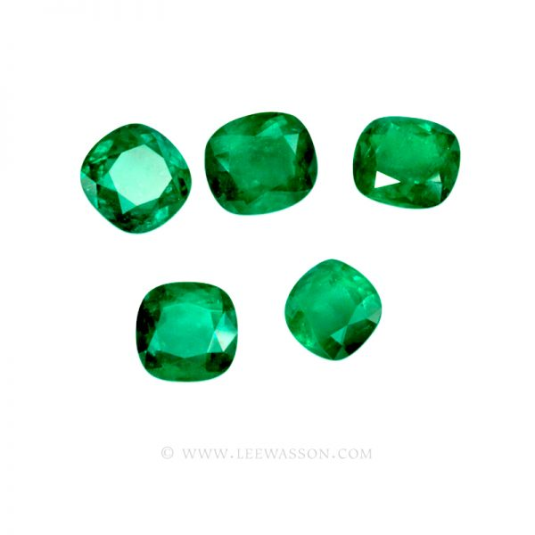 Colombian Emeralds, Set of Cushion Cut Emeralds, Approx. 49.00 Carat. - leewasson.com - 10016 -4