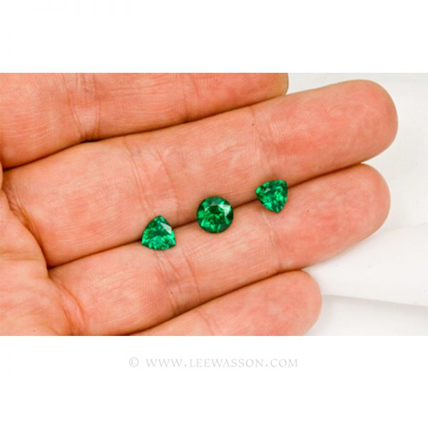 Colombian Emeralds, Trio of Trillion Cut Emeralds. leewasson.com - 3 - 1009