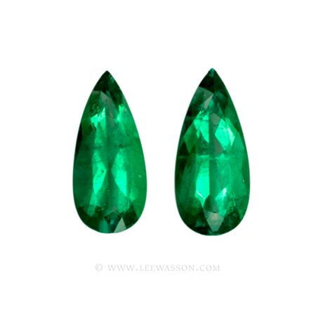 Colombian Emeralds, Pair of Tear Shape Emeralds. leewasson.com – 10015 -1