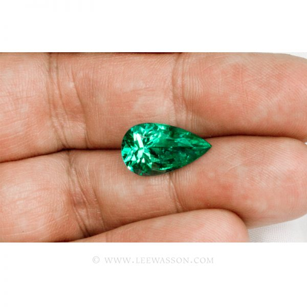 Colombian Emeralds, Tear Shape Emeralds, Over 5.50 Carats. Chivor Mine. leewasson.com -10032 -2