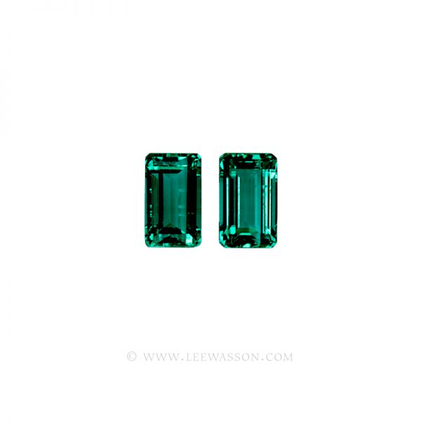 Colombian Emeralds, Pair of Emerald Cut Emeralds Over 4.50 Carats. leewasson.com - 1001 -1