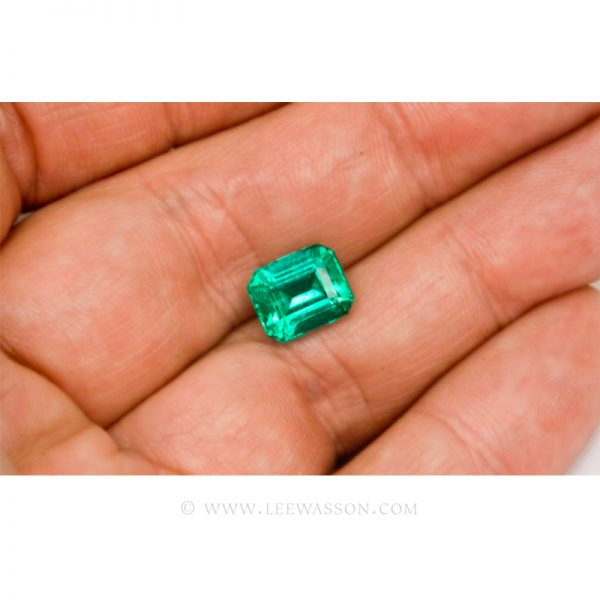 Colombian Emeralds, Emerald Cut natural Emeralds in18k Gold Jewelry. leewasson.com - 10026 - 4