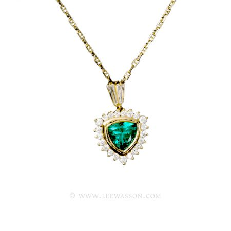 Colombian Emerald Necklace, Trillion cut Emerald Halo set in 18k Yellow Gold