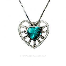 http://leewasson.com/product/colombian-emerald-pendant-7/