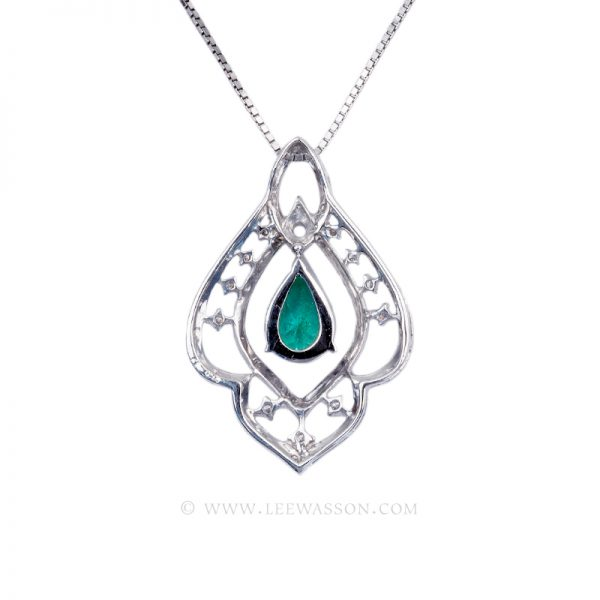 Colombian Emerald Pendant, Pear Shape, White Gold