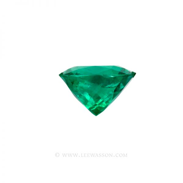 Colombian Emeralds, Cushion Cut Emeralds and set in 18k White Gold - leewasson.com - 10041 - 4