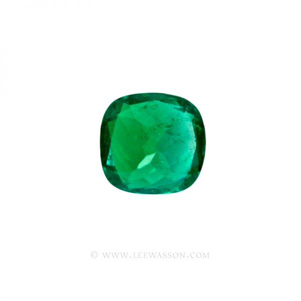 Colombian Emeralds, Cushion Cut Emeralds and set in 18k White Gold - leewasson.com - 10041 - 5