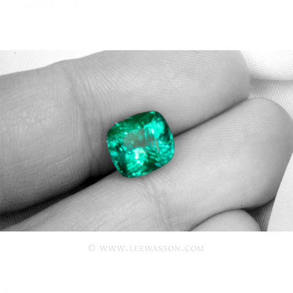 Colombian Emeralds, Cushion Cut Emeralds - leewasson.com - 10059 - 2