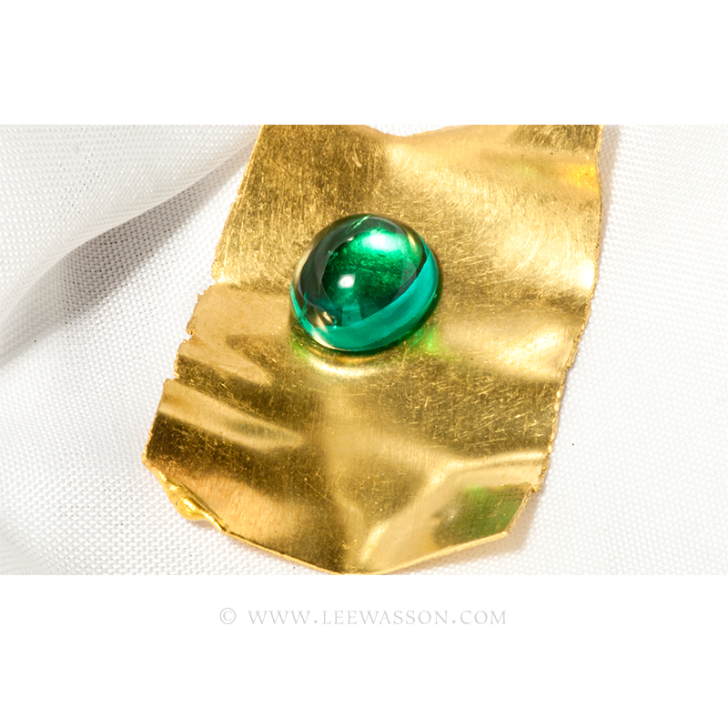 Loose Cabochon Cut, Colombian Emerald