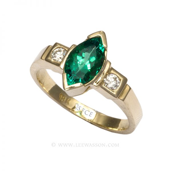 Colombian Emerald Ring, Marquise cut, Emerald Engagement rings, 18k Yellow Gold