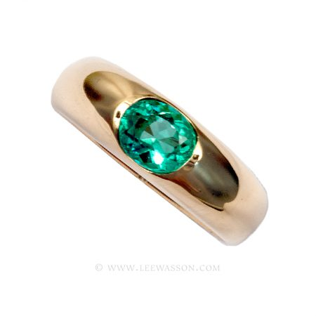 Colombian Emerald Ring, Oval cut Emeralds Engagement Rings in 18k Yellow Gold