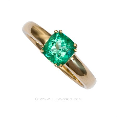 Colombian Emerald Ring, Cushion cut Emeralds Engagement Rings set in 18k Yellow Gold