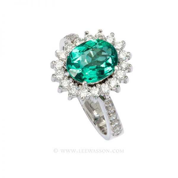 Colombian Emerald Ring, Oval Shape Emeralds Engagement Rings set in 18k White Gold. leewasson.com 19636 - 4