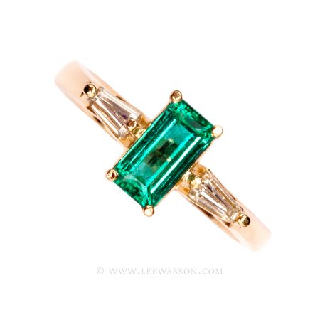 Colombian Emerald Ring, Emerald cut Emeralds Engagement Rings in 18k Gold