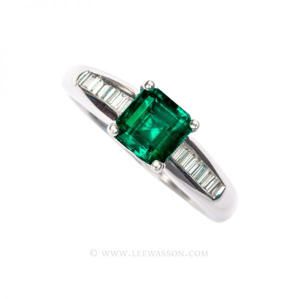 Colombian Emerald Ring, Emeralds Engagement Rings set in 18k White Gold