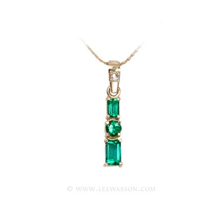 Colombian Emerald Pendant, 3 Emerald Necklace set in 18k Yellow Gold