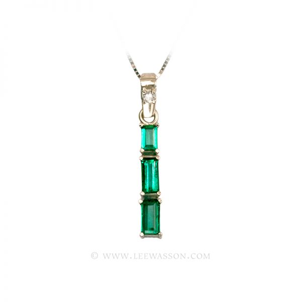 Colombian Emerald Pendant 19659