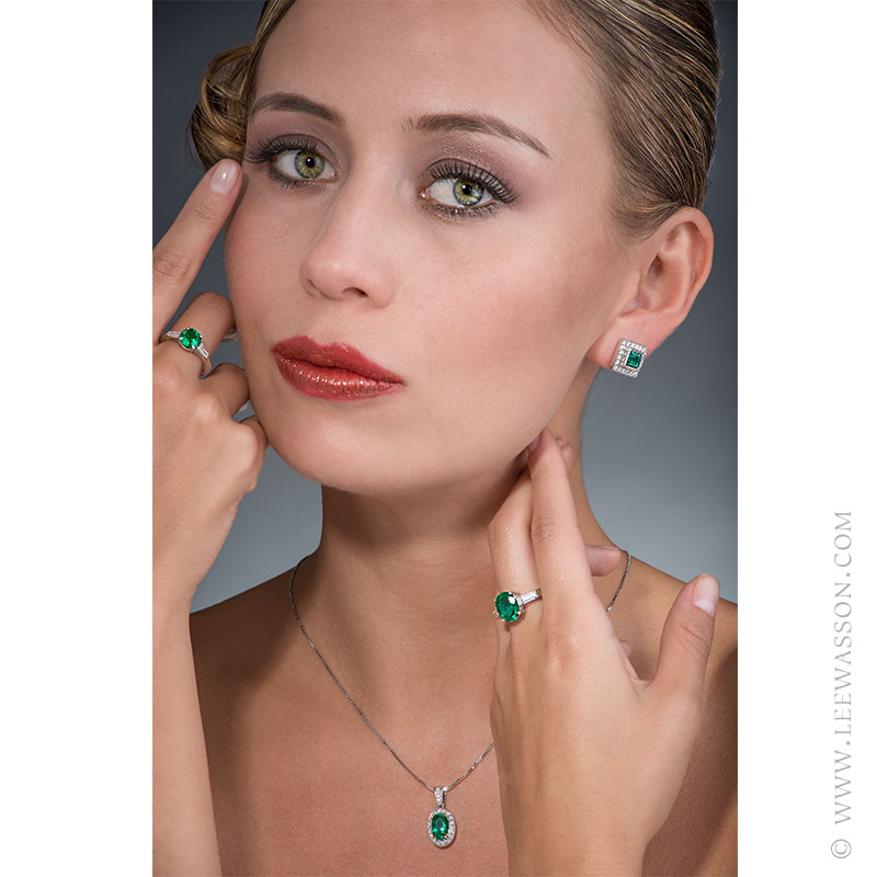 Colombian Emerald Pendant, Emerald Oval shape set in 18k White Gold. Photo Session New Collection 2017 - Colombian Emerald Jewelry - Lee Wasson. leewasson.com - 19557