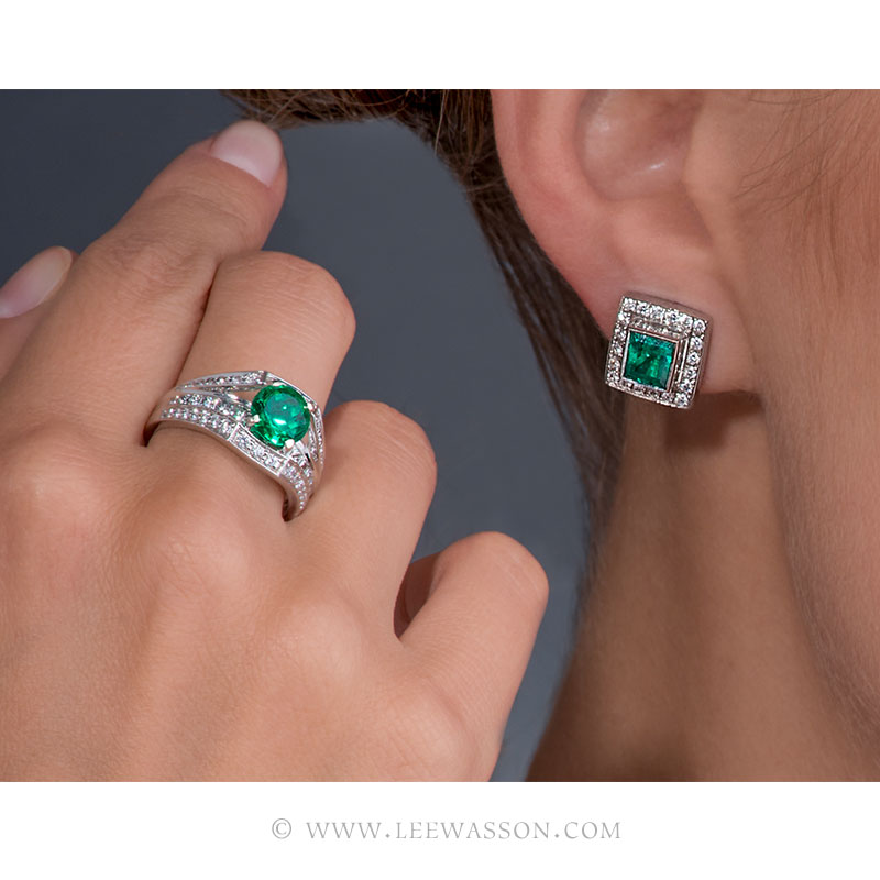 Colombian Emerald Ring & Earrings, One-of-a-kind Jewelry set in 18k White Gold with Diamonds. leewasson.com 19619 - 11