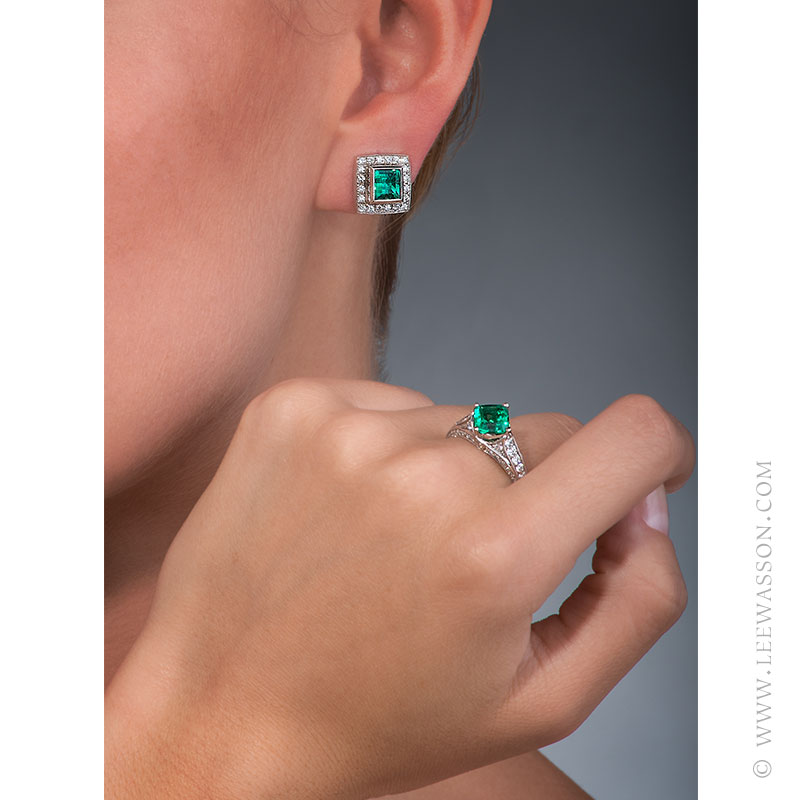 Colombian Emerald Ring & Earrings, One-of-a-kind Jewelry set in 18k White Gold with Diamonds. leewasson.com - 19629 - 7