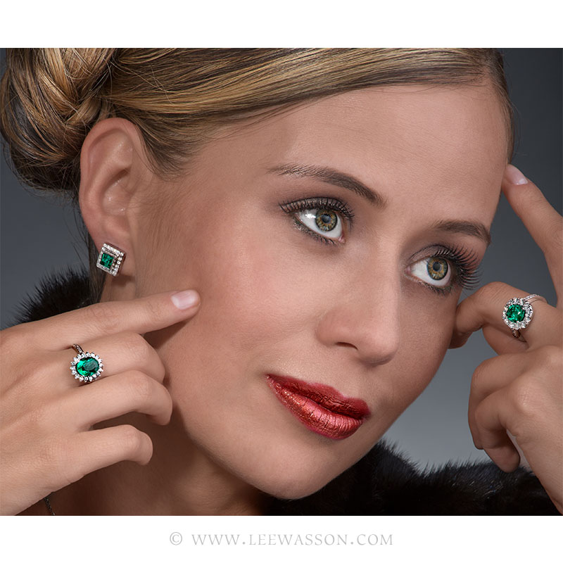 Colombian Emerald Ring & Earring, One-of-a-kind Jewelry set in 18k White Gold with Diamonds. leewasson.com 19636 - 8