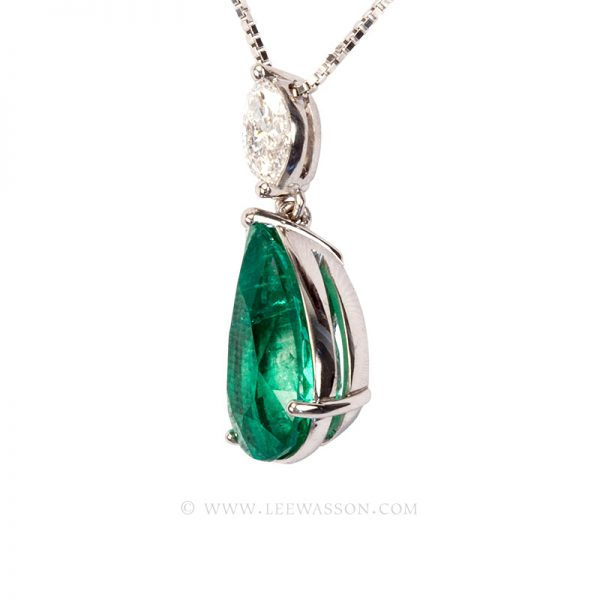 Colombian Emerald Pendant, Pear shape Emerald Necklace, 18k White Gold. leewasson.com - 2 - 19672