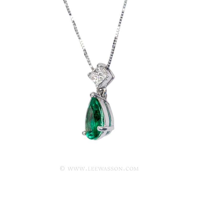 Colombian Emerald Pendant, Emerald Pear shape Necklace set in 18k White Gold