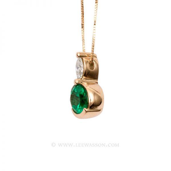 Colombian Emerald Pendant, Emeralds Engagement Pendant, 18k Yellow Gold 19582