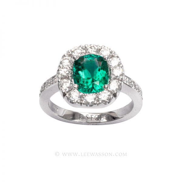 Colombian Emerald Ring, Cushion cut, Emeralds Engagement Ring, 18k White Gold, leewasson.com - 19682 - 2 -