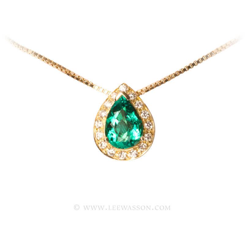 Colombian Emerald Pendant, Emeralds Engagement Pendant, 18k Yellow Gold 19552