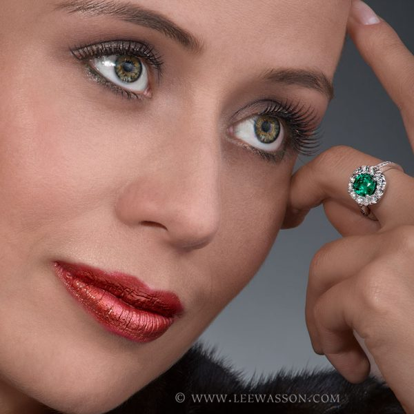 Colombian Emerald Ring, Photo Session, Cushion cut, leewasson.com - 19682 - 5 -