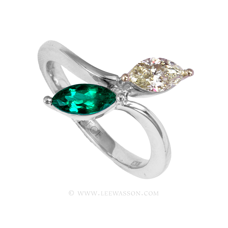 Colombian Emerald Ring, a Sublime Marquise Cut 0.49 Carat. leewasson.com - 19700 - 2