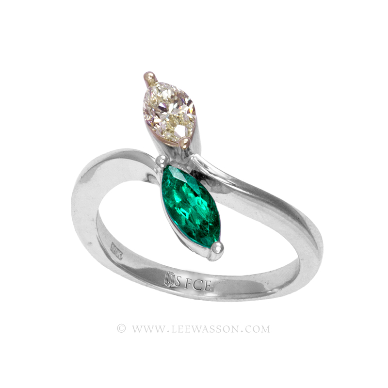 Colombian Emerald Ring, a Sublime Marquise Cut 0.49 Carat. leewasson.com - 19700 - 3
