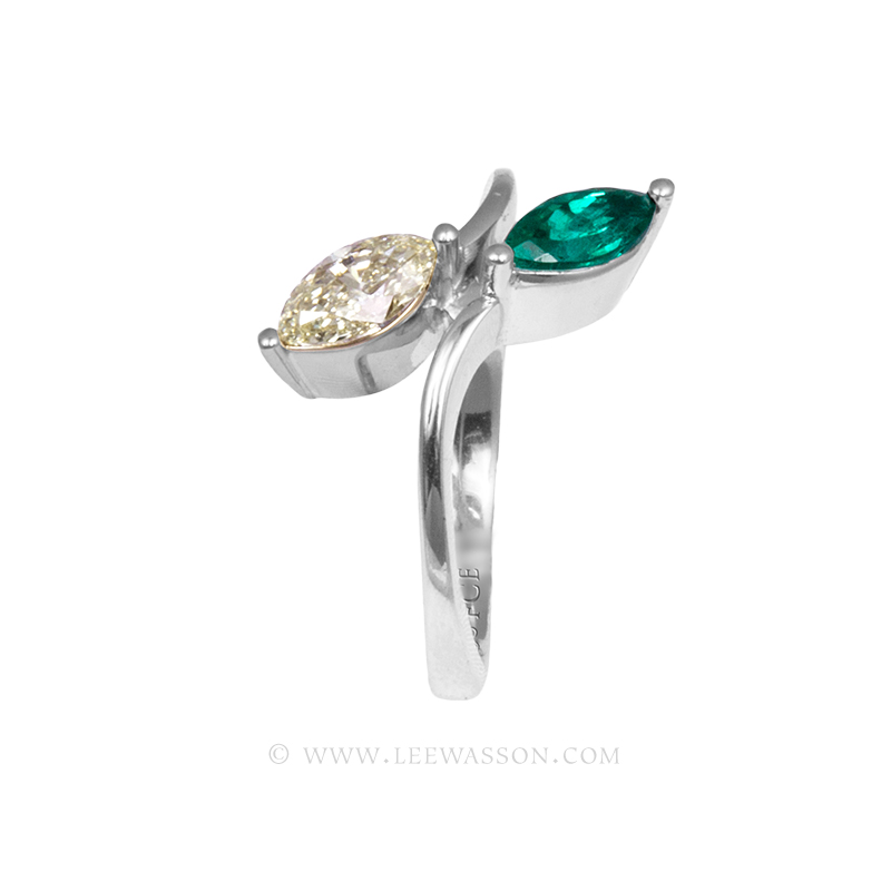 Colombian Emerald Ring, a Sublime Marquise Cut 0.49 Carat. leewasson.com - 19700 - 4
