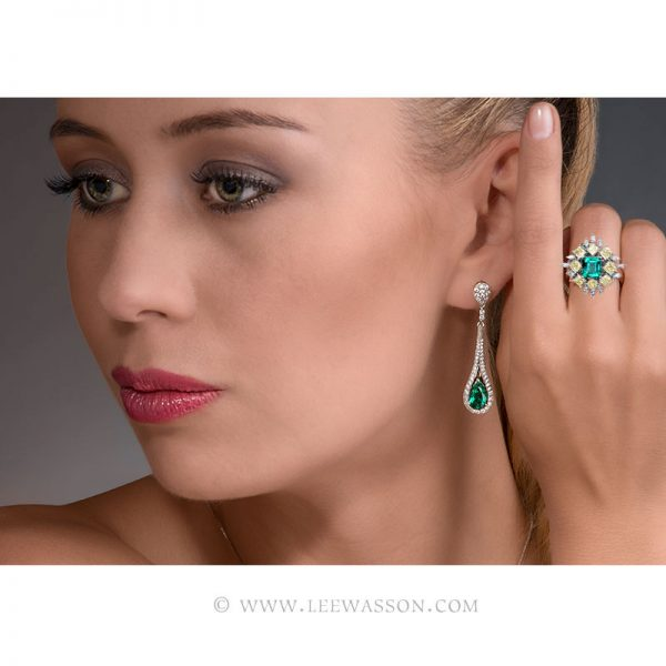 Colombian Emerald Ring, Asscher cut Emerald - Photo session - leewasson.com - 19703 - 10