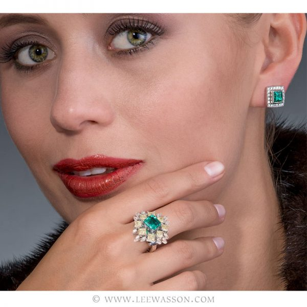 Colombian Emerald Ring, Asscher cut Emerald - Photo session - leewasson.com - 19703 - 6