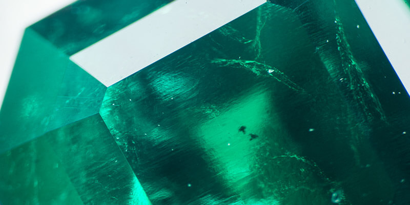 Learn the Secret to Locate Inclusions in Colombian Emeralds - leewasson.com- 1