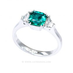 Natural Colombian Emerald Ring set in 18K White Gold. leewasson.com - 19718 - 3