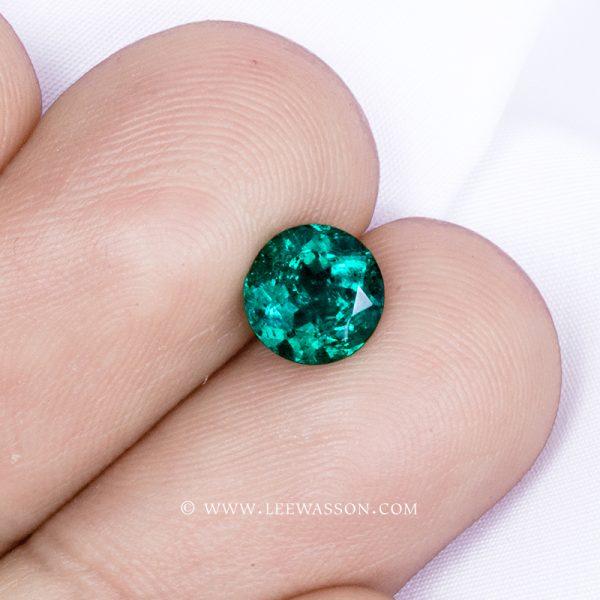 19373 - Round Brilliant Cut Emerald | Lee Wasson